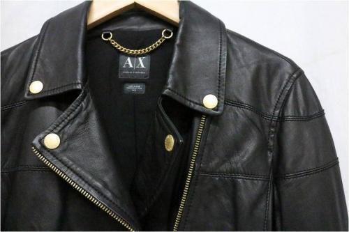 ライダースジャケットのアルマーニ