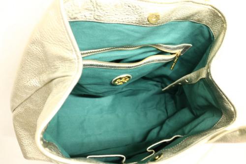 トリーバーチのトートバッグ