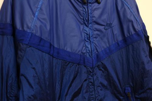 ナイキ × ストーンアイランドのwindrunner jacket