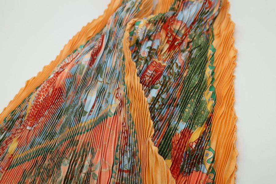 スカーフのaxis mundi