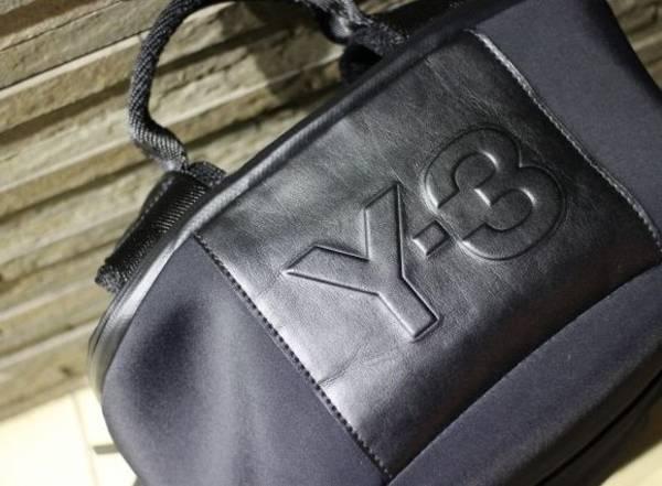 「Y-3のヨウジヤマモト 」