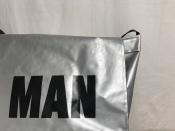 PVCトートも良いけども・・・2018SS、PVCメッセンジャーバッグ!