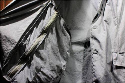 テアトラのデバイスジャケット