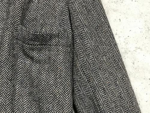 フランクリーダーのヘリンボーンウールコート
