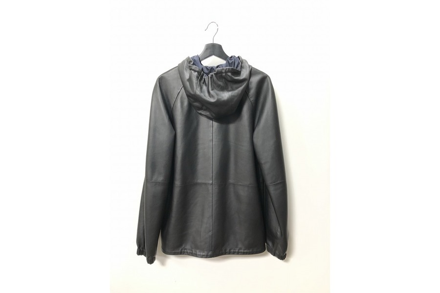 ロエベのレザージャケット