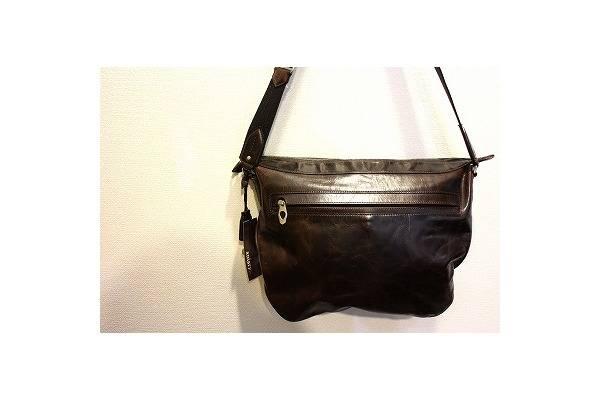 【★人気ブランド高額査定★】これぞ男のバッグ、aniaryショルダーバッグ入荷です。【古着買取トレファクスタイル仙川メンズ館】