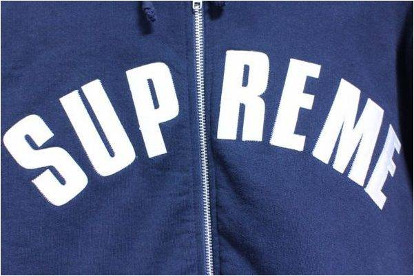 《Supreme》Arc Logo Thermal Zip Up Hoodie 入荷!【トレファクスタイル仙川店】