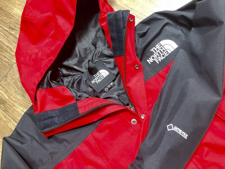 THE NORTH FACEより MOUNTAIN LIGHT JACKET 入荷。
