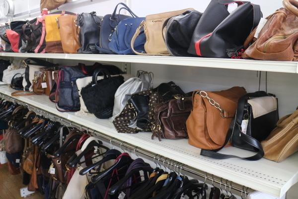 バッグ大量投入!お出かけに最適なバッグが満載♪入間の最安古着屋-[ユーズレット入間春日町店