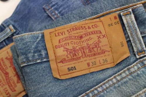買取強化のLevi's