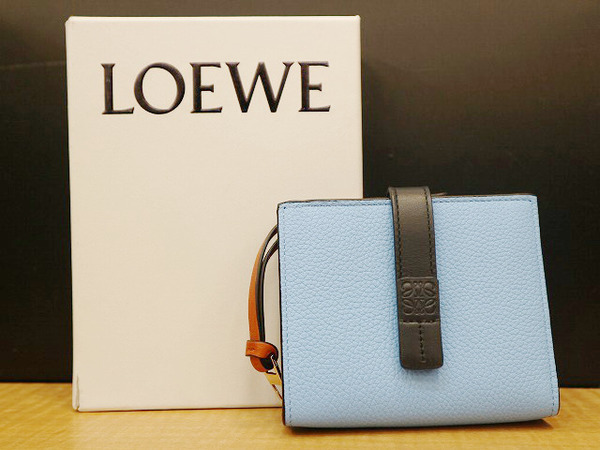 finest selection f3f2d 40069 LOEWE/ロエベより、現行アイテム、コンパクト財布の入荷です ...