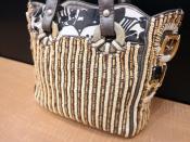 パリ発バッグブランド、JAMIN PUECH(ジャマン・ピュエッシュ)アートなバッグをご紹介。