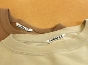 素材づくりがデザイン!AURALEE/オーラリーから、スウェット2点をご紹介。