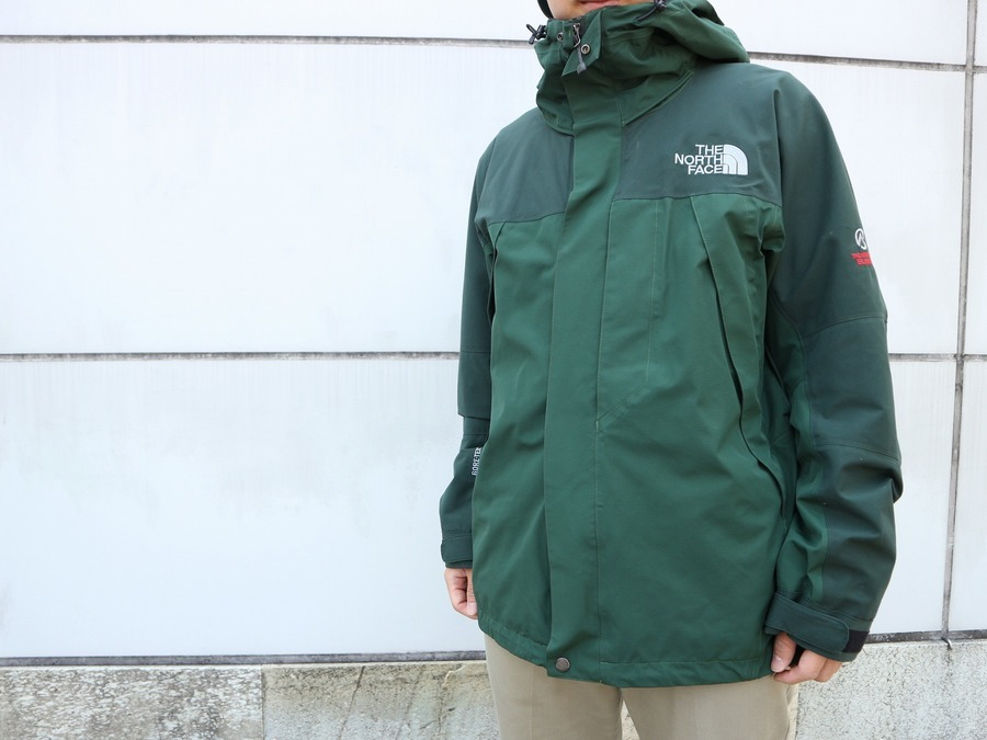 【THE NORTH FACE/ザ ノースフェイス】希少カラー深緑色マウンテンジャケットのご紹介!!