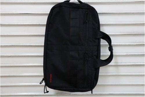 TUMIのビジネスバッグ