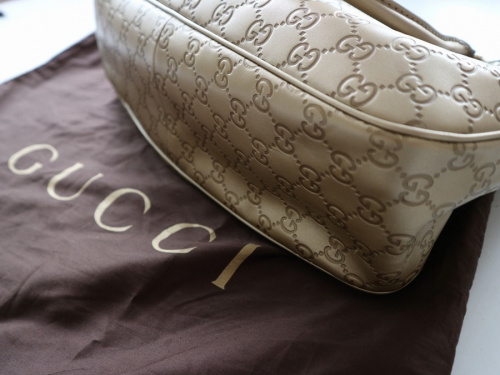 グッチのハンドバッグ