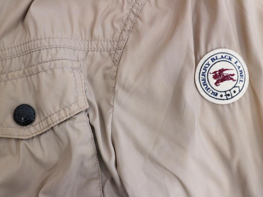 バーバリーのミリタリージャケット