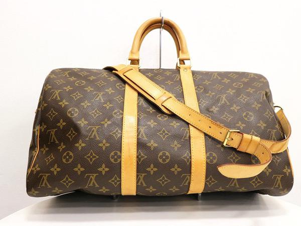 ルイ・ヴィトンのトラベルバッグ