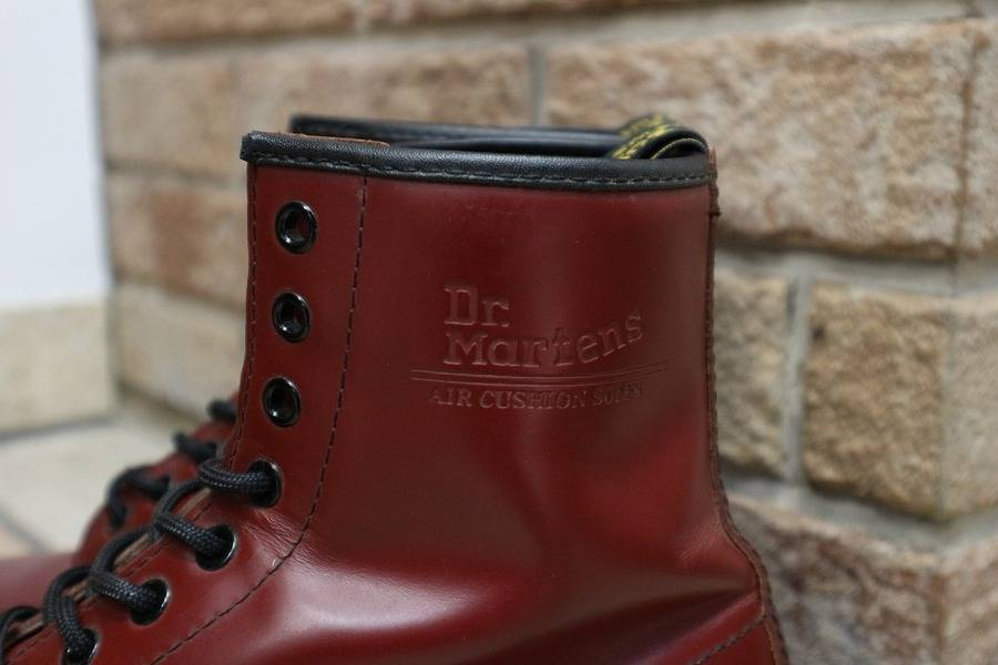 Dr.Martens(ドクターマーチン)8ホールブーツ入荷!!