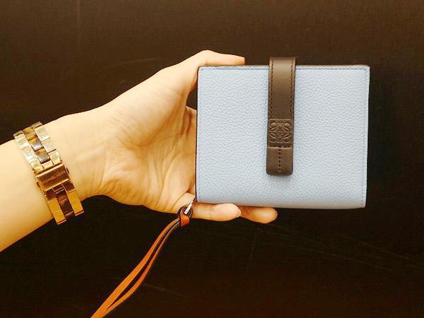 LOEWE/ロエベより、現行アイテム、コンパクト財布の入荷です!