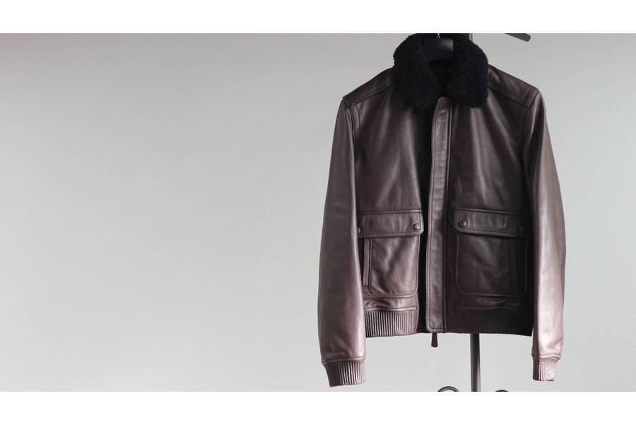 2ea0d6ee0a5b G-1 フライトジャケットサイズ:S 素材:ゴートスキン当店販売価格:¥49,800+tax. COACHといえばメンズではバッグ、レザー ...