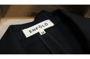 最高に贅沢な気持ちになれる・・・ENFOLD/エンフォルドの間違いない1着。
