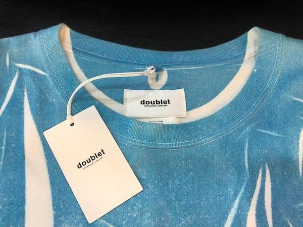 ダブレットのプリントTシャツ