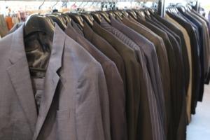 【スーツなどのビジネスアイテムも多数ございます】