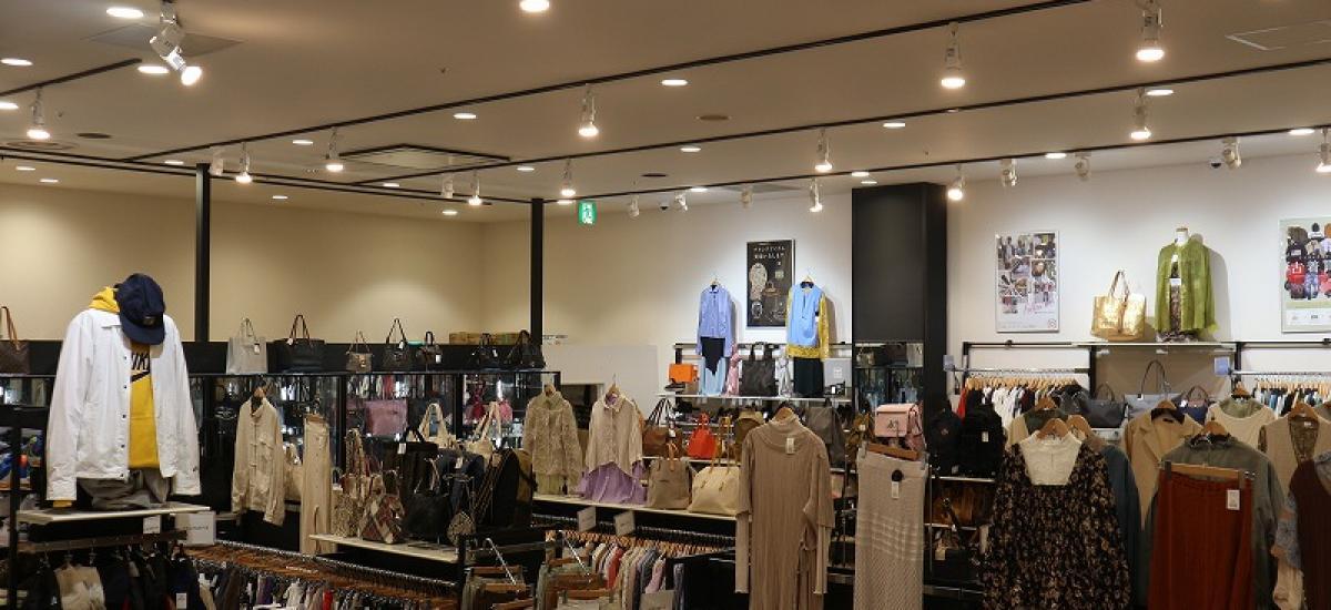トレファクスタイルイオンモール鶴見緑地店 内観写真
